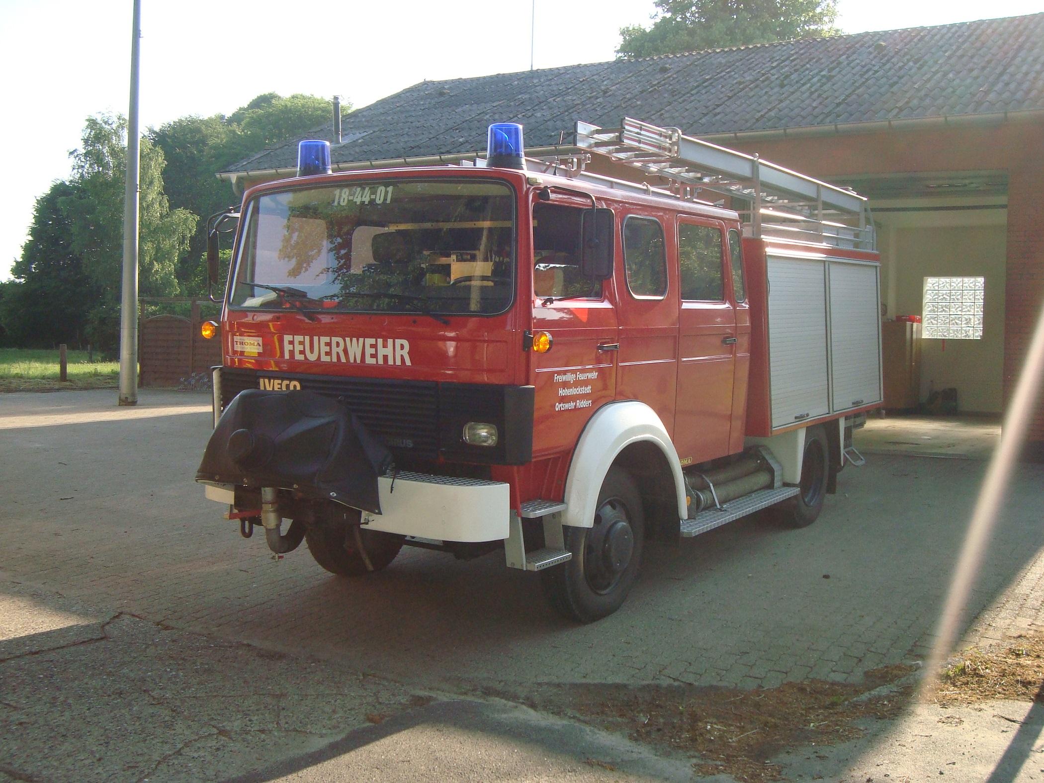 LF16-TS - 18-44-01 - OFw Ridders